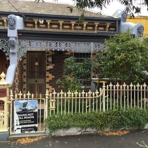 393 Wellington Street